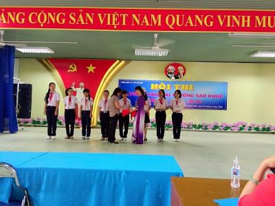 Hai học sinh đạt giải nhất khối 8, công nhận khối 7 trong hội thi Olympic văn giải thưởng Sao Khuê cấp Thành Phố