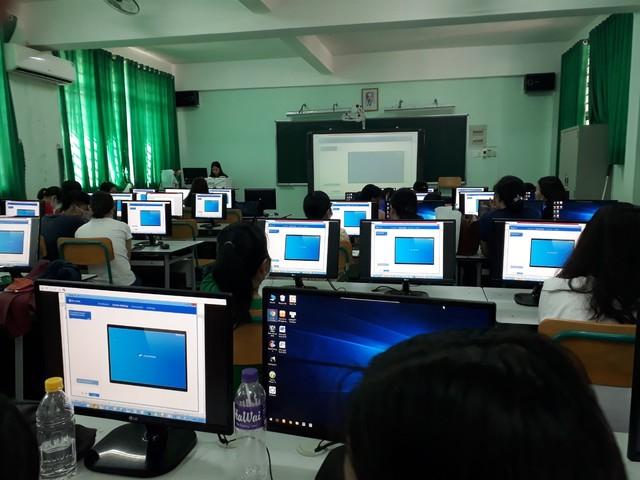Trường THCS Tương Bình Hiệp: Tập huấn các tính năng mới trên phần mềm quản lý trường học cho giáo viên